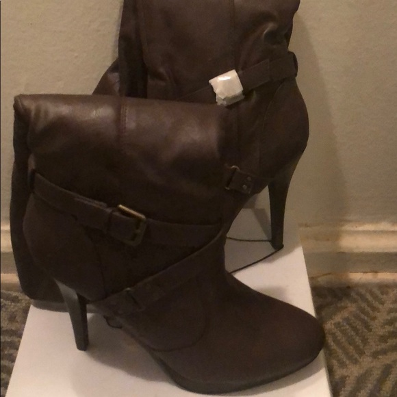 Boots. NWT. Forever 21 a53bf1a920a8